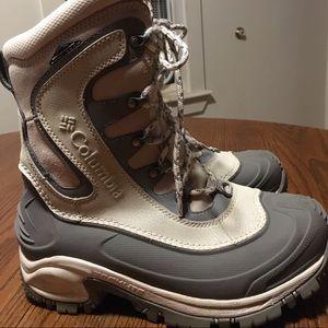 Columbia Waterproof Omni-tech Gray/white boots